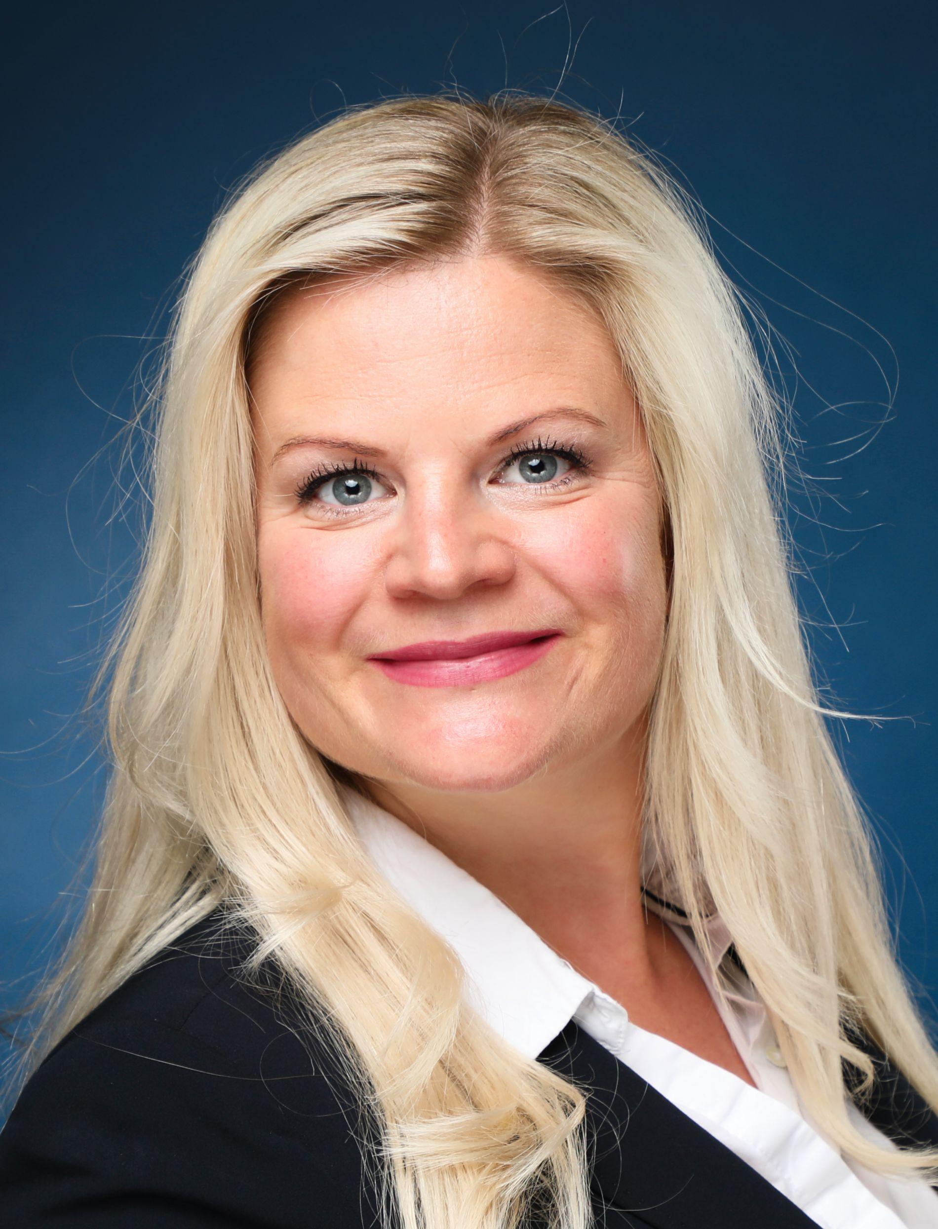 Jennifer Westholt